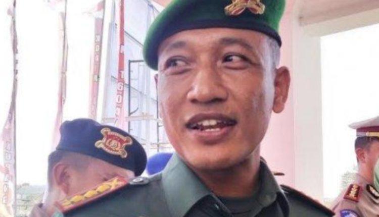 Komandan Brigif 21 Komodo Kolonel Sutrisno Pujiono ( 11/4)